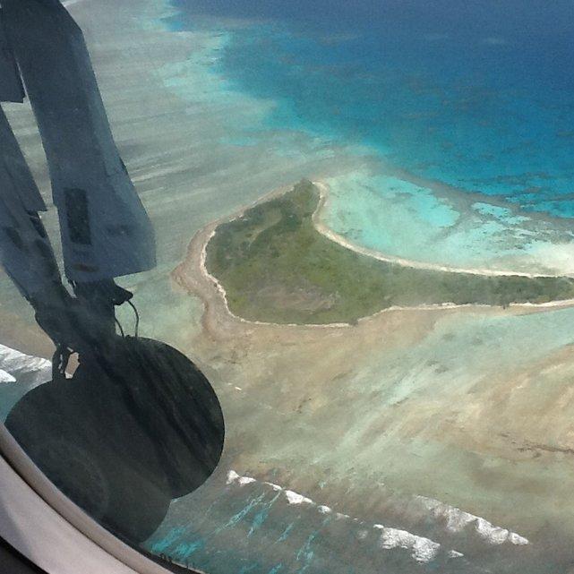 Lot nad atolami Malediwów to jedna z atrakcji tego miejsca. Republika Malediwów.•Foto: D. Jaworska