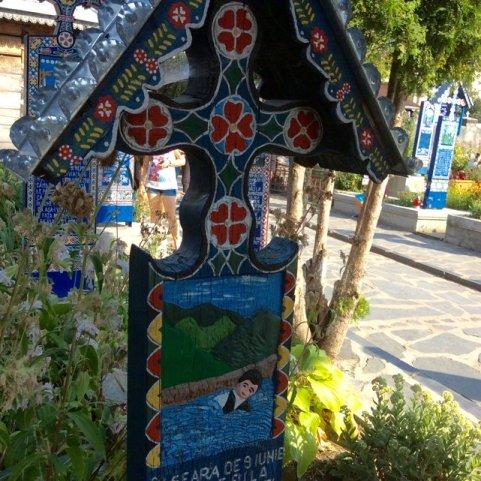 Wesoły Cmentarz w Sapancie - malowidła nagrobkowe•Foto: D. Jaworska