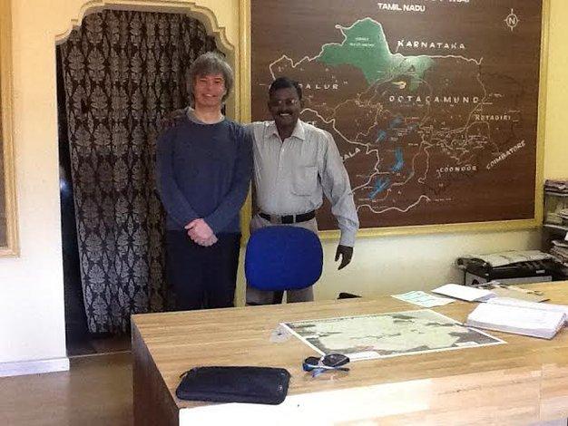 Informacja Turystyczna w stacji górskiej Ooty (Nilgiri Hills, Indie) jest położona na skraju miasteczka, niemal w górach. Każdy, kto tu trafił - udowodnił już, że nie potrzebuje mapy. Foto: D. Jaworska